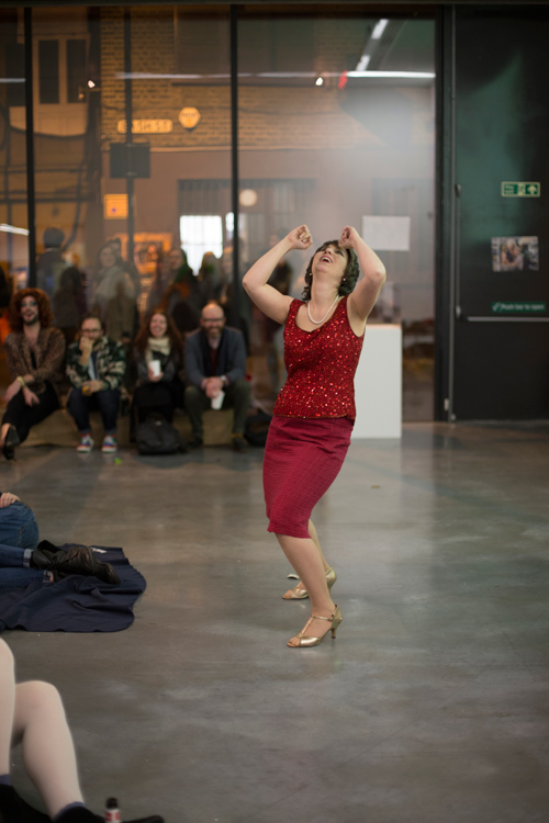 "performance at ""I'm with You: Daytime Drama"", photo: Christa Holka"